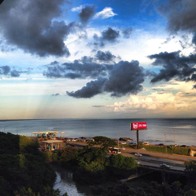 Panama's Corredor Sur afternoon sun.